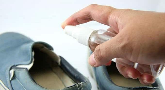 появился грибок на обуви