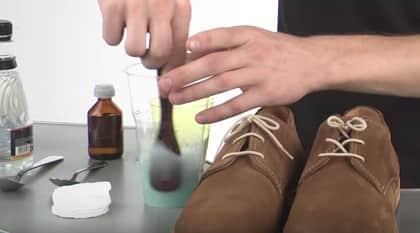 ухода за замшевой обувью
