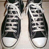красиво завязать шнурки