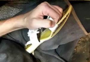 Как клеить обувь клеем «Дисмакол»
