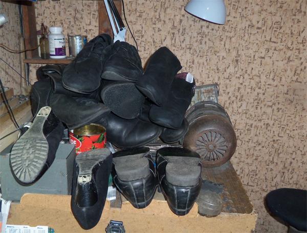 надо делать ремонт обуви